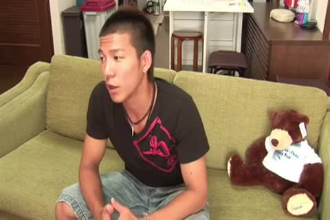 asian beauty Serviced By gay twinks