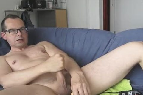 I Had pleasure With My fake penis. The Package Of It Says; Model Jeff Stryker. Could Not Check If It Was really A Jeff Stryker Look A Like. LOL.