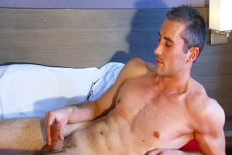 Full video: A innocent str8 Neighbour acquires Serviced His large 10-Pounder By A lad!