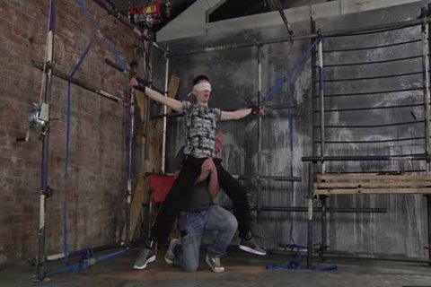 dom Sebastian Kane Gives A good Whipping To His twink Sub