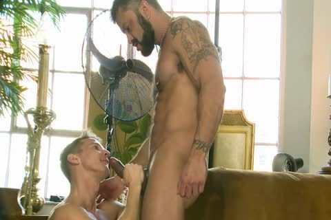 Rogan Richards fucks Darius Ferdynand
