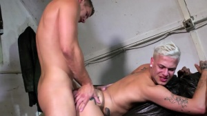 Smack Me Up - Paul Walker, Mickey Taylor butthole poke