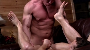 Aaron's First Time - Aaron Anderson and Liam Rosso ass Hook up