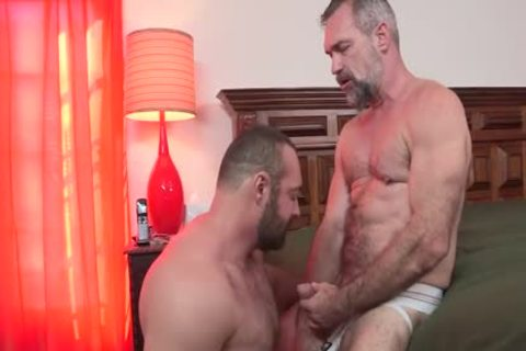 HotOlderMale - powerful BEAR BRAD KALVO plows horny DADDY PETER rough