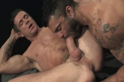 Rogan Richards bonks Trenton Ducati