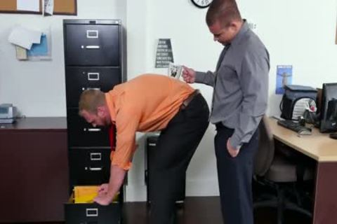 GRAB wazoo - new Employee gets Broken In By The Boss, Adam Bryant
