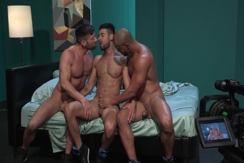 homo Pornstars Bruce Beckham, Jason Vario And Mick Stallone In homo Male Porn Tube video
