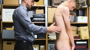 YoungPerps.com: Hunter Grey & Wesley Woods striptease