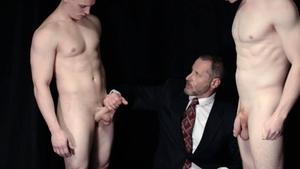 MissionaryBoys.com - Hunk Elder Isaacs domination stretching