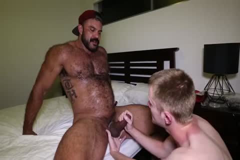 Rogan Richards - Skull banged