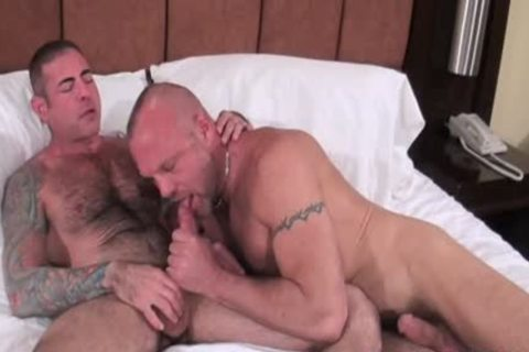 BarebackThatHole - Chad Brock & Nick Moretti
