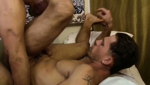 IconMale.com: Muscle DILF Roman Todd loves huge penis daddy