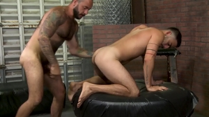 Men Over 30: Bald Cesar Rossi fucked by big penis daddy