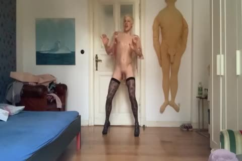 pussy IS ALWAYS HUNGRY FOR bare cock