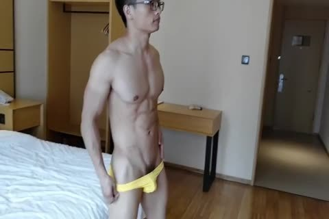 Chinese Hunk Solo Exercise previous to Masturbate